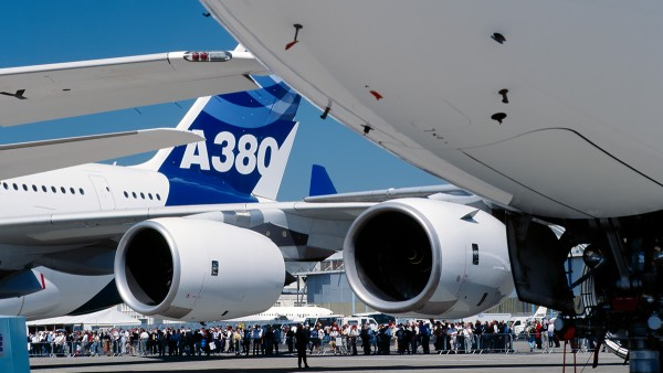 상업 용도: Airbus A380