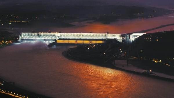재래식 수력발전: 중국 싼샤댐