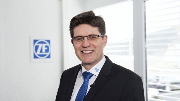 Dr.-Ing. Dietmar Tilch, ZF Friedrichshafen AG 산업 기술 - 상태 모니터링 시스템 담당 이사